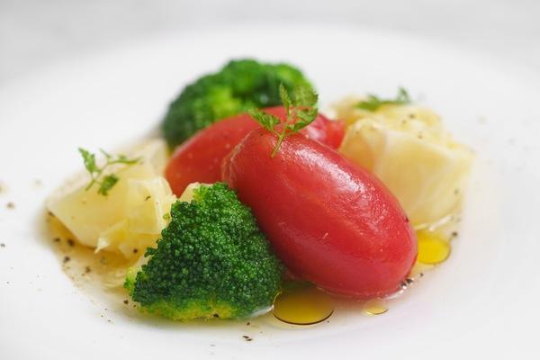 丸ごとトマトのポトフ