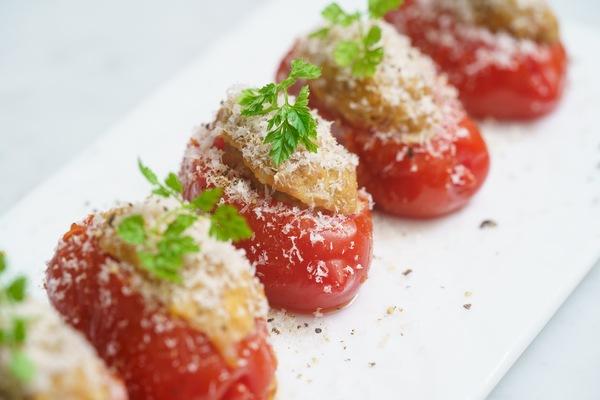 トマトのファルシー(肉詰め)